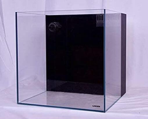 10) Landen Saltwater Nano Tank